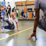 Breakdance muziek en ritme en bewegen
